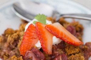 Peanut Butter & Jelly Breakfast Cobbler