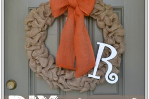 DIY Burlap Wreath to start Fall on the right foot!