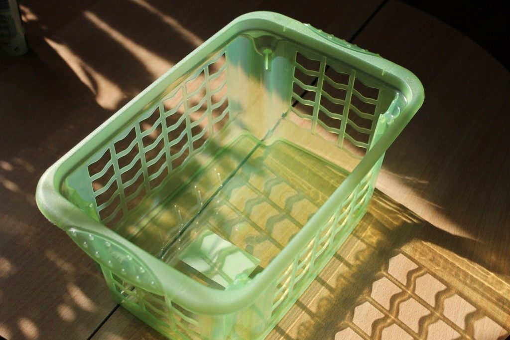 A Few Time (And Sanity) Saving Tips to Make Housework Easy