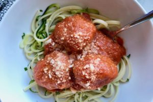 JLOkitchens Recipe Tomato Sauce with Sneaky Veggies over Turkey Meatballs and Zoodles