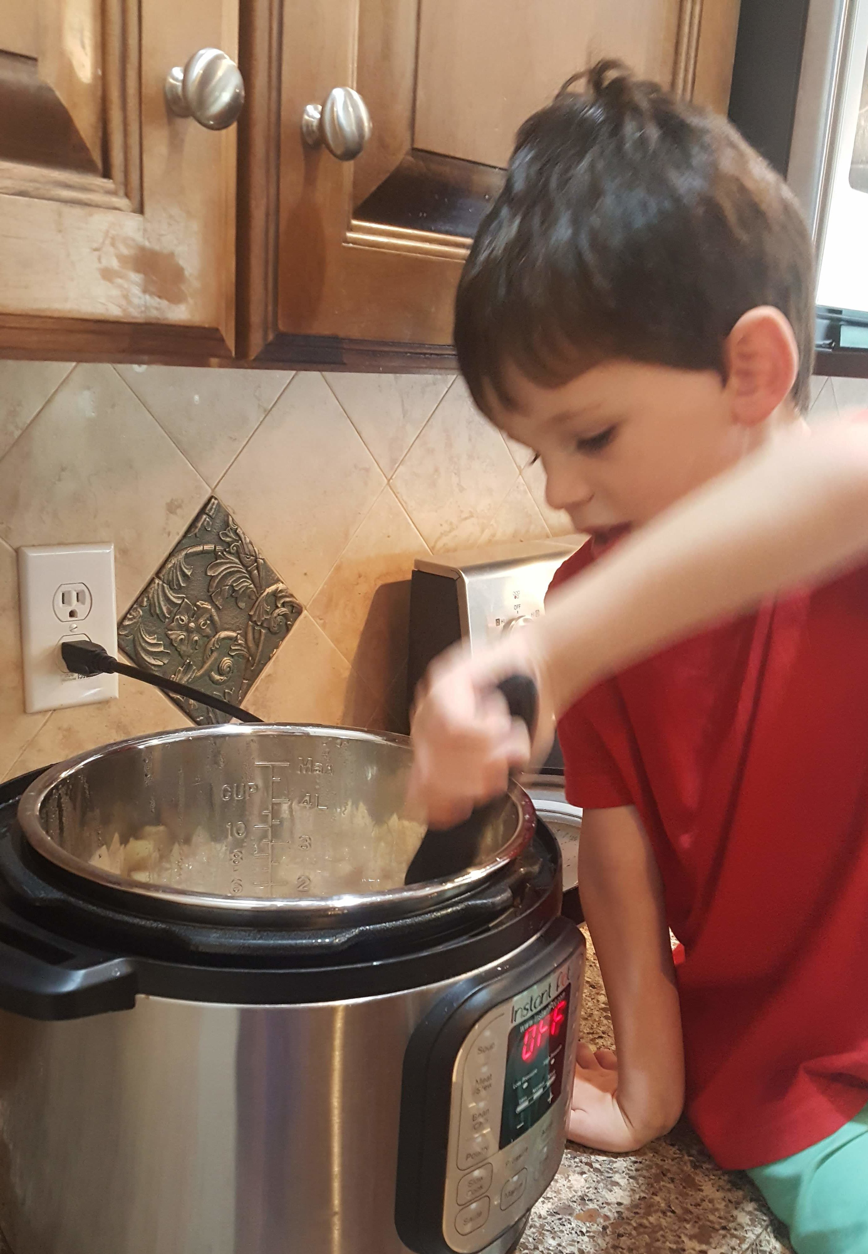 5 SIMPLE Apple Snack Recipes Your Child will LOVE!