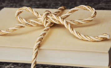 Christmas Book Bucket List :10 Books to Read to your Children