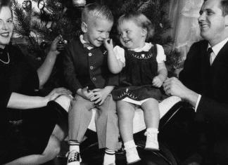 Family Hot Mess to Holiday Success Charleston Moms