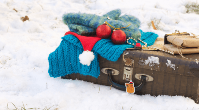 "Packing ""Light"" Tips For Holiday Travel Charleston Moms"